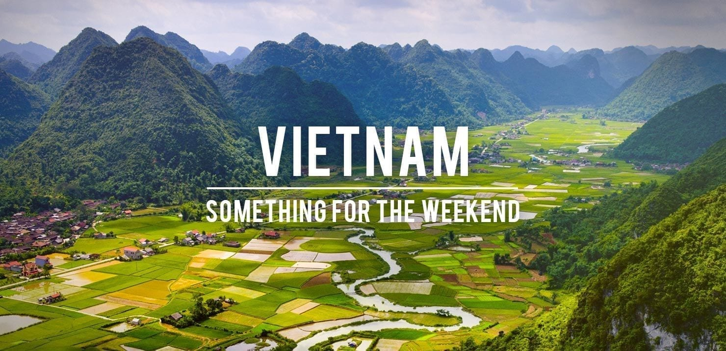 PMGY Volunteer Weekend trips in Vietnam to the limestone cliffs of Ninh Binh during their Volunteer work in Vietnam