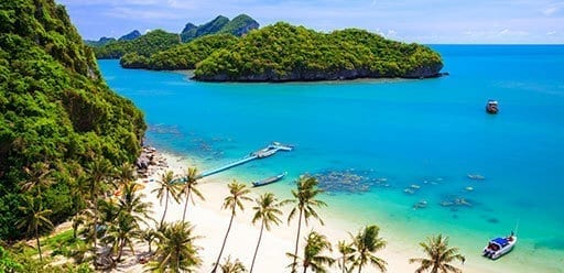 PMGY Volunteer Weekend trips in Thailand visiting paradise island Ko Samui during their Volunteer work in Thailand