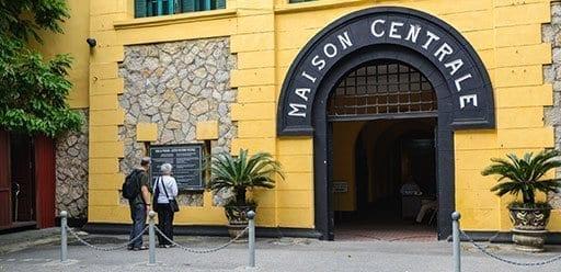 PMGY Volunteer Weekend trips in Vietnam to Hoa Lo Prison Museum in Hanoi during their Volunteer work in Vietnam