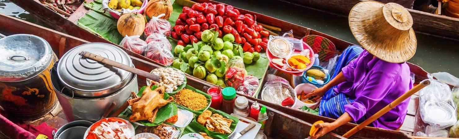 Thai women on the river markets