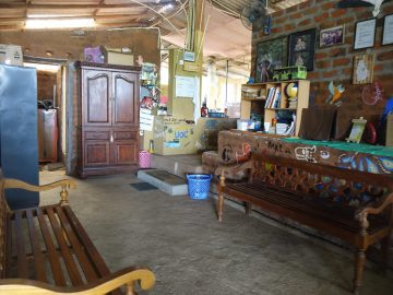 PMY Volunteer communal space with chairs and books for an Elephant Volunteer in Sri Lanka, based near Wasgamuwa National Park