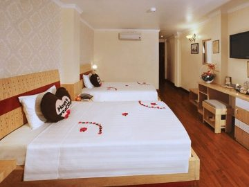 Large double beds in accommodation for a PMGY Volunteer in Vietnam on the Gap Year Vietnam Experience
