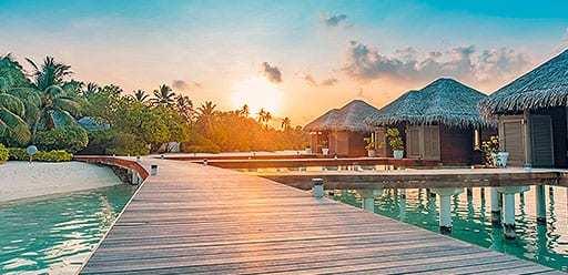 PMGY volunteer abroad enjoying an island resort during the volunteer weekend trips in Sri Lanka