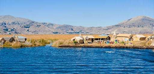 PMGY volunteer in Peru at Lake Titicaca during their volunteer weekend trips in Peru