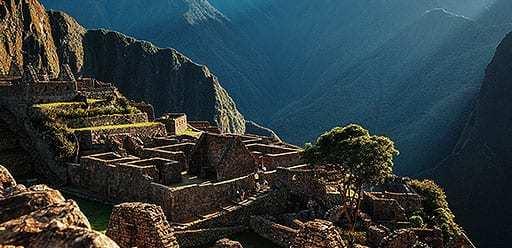 PMGY volunteer in Peru hiking Machu Picchu during their volunteer weekend trips in Peru