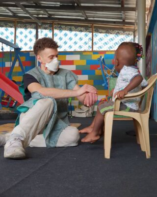 Every person can make a difference, and every person should try. #pmgyghana #pmgychildcare #makeeachdaycount 🇬🇭