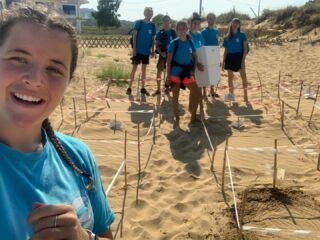 Volunteers relocating damaged nests on Avithos beach! 🐢🏖️  Severe storms in the region resulted in nests being overwhelmed by the sea. To avoid the dangers of sand around the eggs becoming saturated with water, our volunteers took precautions to relocate the nests! 🙌  #pmgy #pmgygreece #nestrelocation #avithosbeach