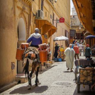 🚦🇬🇧 Fully vaccinated Brits can now travel to Amber list destinations without the need to quarantine on return to the UK.   This has opened up opportunities in countries around the world including Morocco. You can join Ali and the Morocco team from just 1 week in historical Rabat.   #pmgy #pmgymorocco