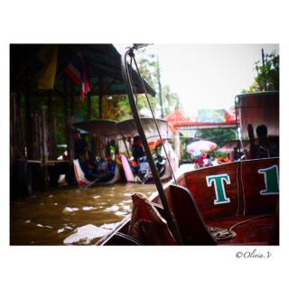 Un incontournable 🇹🇭 #floatingmarkets #thailand #thailandmarket #dumnoensaduak #boat #river #market #fruits #thaifood #authentic #pmgy #lostinthailand #pmgythailand #weekend #tourism #travel #travelphotography #discoverthailand #passporttoearth #photography #panasonic #lumixgx80 #2k18 #june  pmgythailand