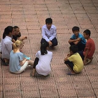 When the 11year old Vietnamese children even make me look tiny 😂 #teaching #vietnam #hanoi #pmgyvietnam