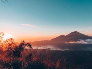 The hike up and the 2am start was definitely worth it for this sunrise #pmgybali