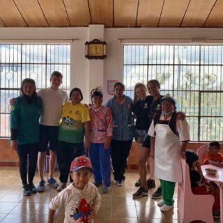🇪🇨Volunteering in Ecuador done 🇪🇨 we was working on the childcare project out here and after the first week they asked us if we could donate some paint and materials to turn this room around so they can use it for the babies. A job well done. Swipe to see the results ✨✨ • #pmgy #pmgyecuador #southamericantravels #volunteerprograms